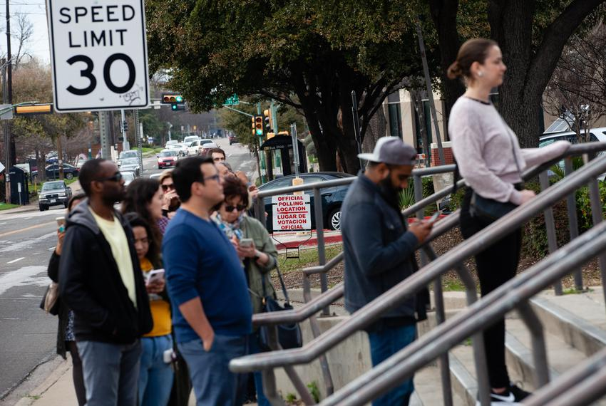 Dallas voters in line to vote on March 3, 2020.