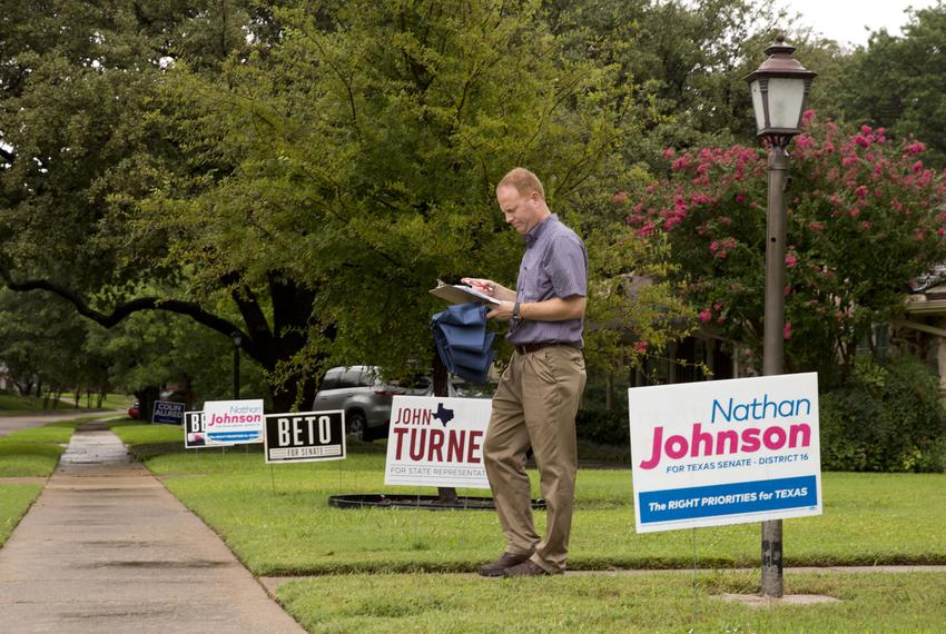 John Turner, Democratic candidate for state House District 114, during a block walk in Dallas on Sept. 22, 2018.