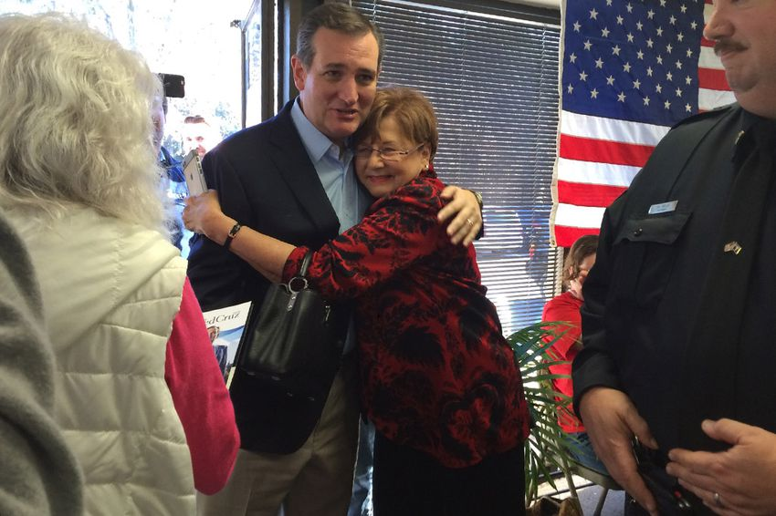 U.S. Sen. and presidential contender Ted Cruz campaigns in Greenville, South Carolina on Dec. 7, 2015.