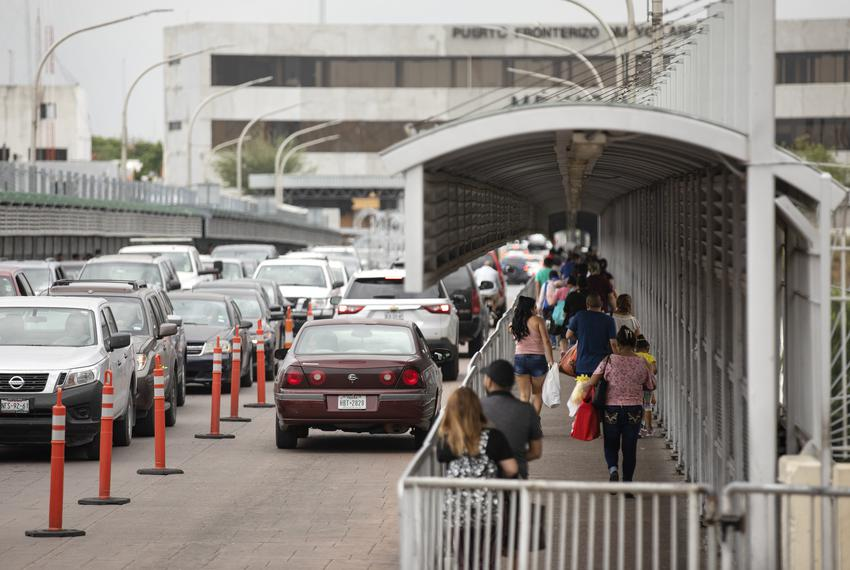 Vehicular and pedestrian traffic on the international border crossing that connects Laredo with Nuevo Laredo, Tamaulipas o...