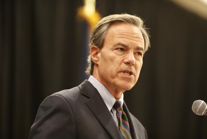 Texas House Speaker Joe Straus, R-San Antonio, gives a lunchtime speech to the Greater Austin Crime Commission on Wednesday,…