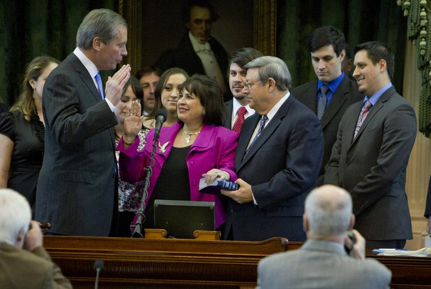 Lt. Gov. David Dewhurst swears in Sen. Leticia Van de Putte as president pro tempore of the Texas Senate on Jan. 8, 2013, th…