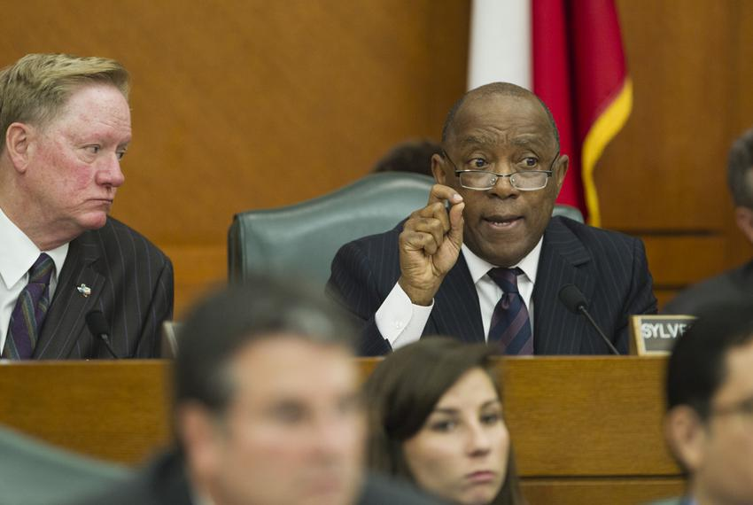 Appropriations Chairman State Rep. Jim Pitts, R-Waxahachie, l, listens as State Rep. Sylvester Turner, D-Houston, grills sta…