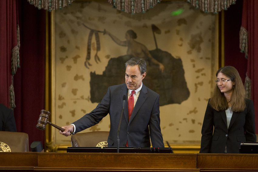 """House Speaker Joe Straus adjourns the House sine die on May 29, 2017. """"Sine die"""" meanswithout any future date being designated for resumption."""