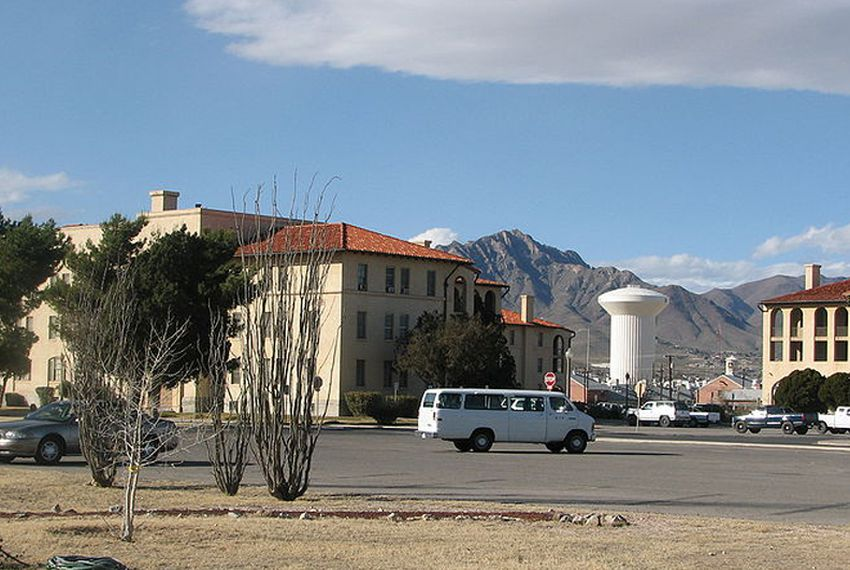 Building 500 area of Fort Bliss.