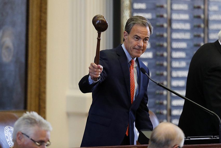 House Speaker Joe Straus gaveled in a special session of the 85th Legislature on July 18, 2017.