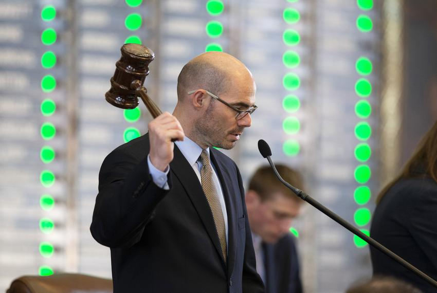 Speaker Pro Tem Dennis Bonnen on the dais in the state House on May 26, 2015.