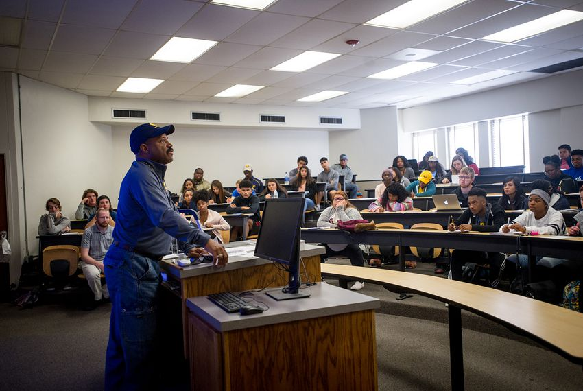 "Lavelle Hendricks, a professor at Texas A&M University-Commerce, teaches a ""signature course"" on mental health, drugs and alcohol to a class of freshmen. University officials have reimagined the first-year experience at A&M-Commerce, and each freshman is required to take at least one signature course."