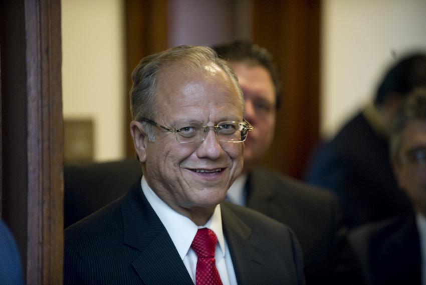 Mayor of Juarez, Hector Murguia Lardizabal on the floor of the Texas Senate on April 11, 2011