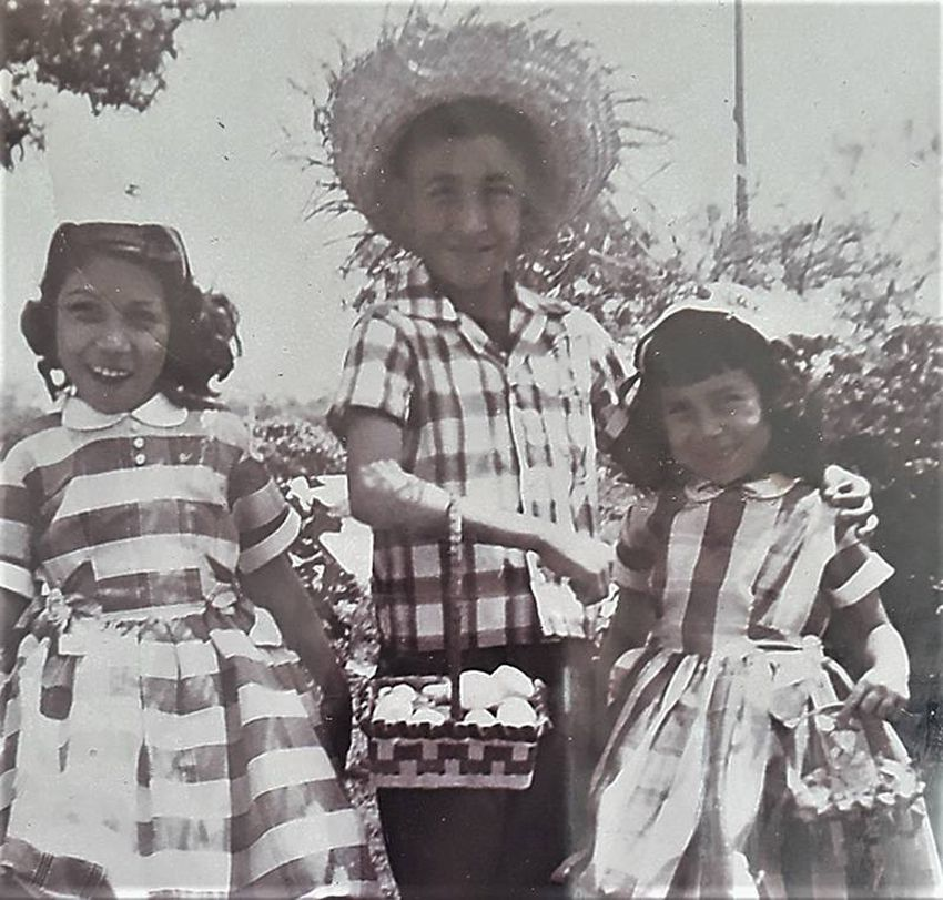 Alvarado with his sisters Mary and Janie.