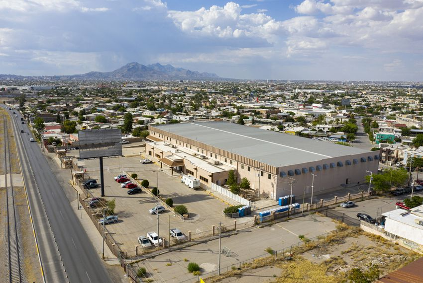 Aerial view of the new migrant shelter built by the Mexican government in Ciudad Juárez, on Thursday, August 1, 2019.