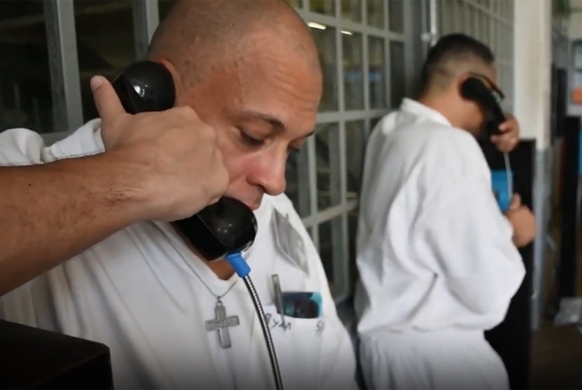 Texas prisons dramatically cut the cost of inmate phone