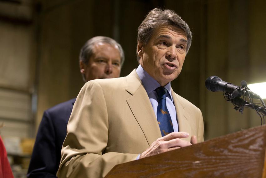Gov. Rick Perry and Lt. Gov. David Dewhurst on Nov. 13, 2012, at a press conference on proposed legislation regarding drug...