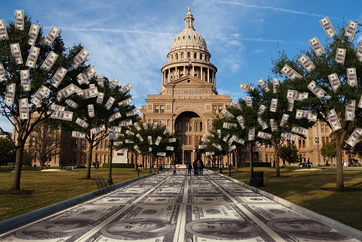 Texas Republicans getting almost 90 percent of money flowing into state elections