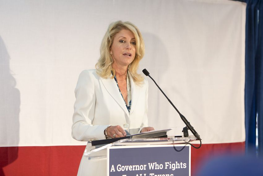 Democratic gubernatorial candidate Wendy Davis, speaks to crowd during a campaign stop at East Austin restaurant Juan in a Million on May 6th, 2014