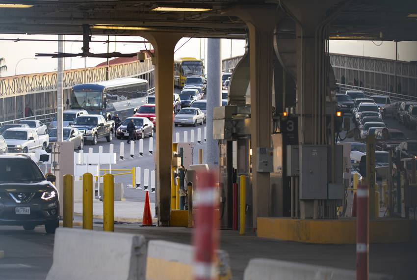Traffic crosses into Texas from Mexico at the Paso del Norte Port of Entry near downtown El Paso on Jan. 14, 2019.