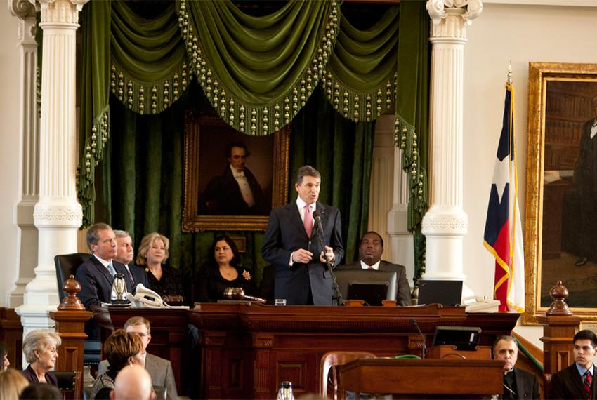 Perry Speaks on the First Day of Session 2011