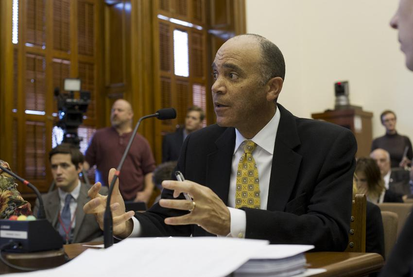 Chief Justice Wallace Jefferson testifies at Senate Jurisprudence regarding juvenile justice on Mar. 5, 2013.