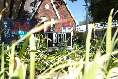 A sign for Democrat Beto O'Rourke in front of a home in the Bluebonnet Place neighborhood of Fort Worth near Texas Christian University on August 28, 2018.