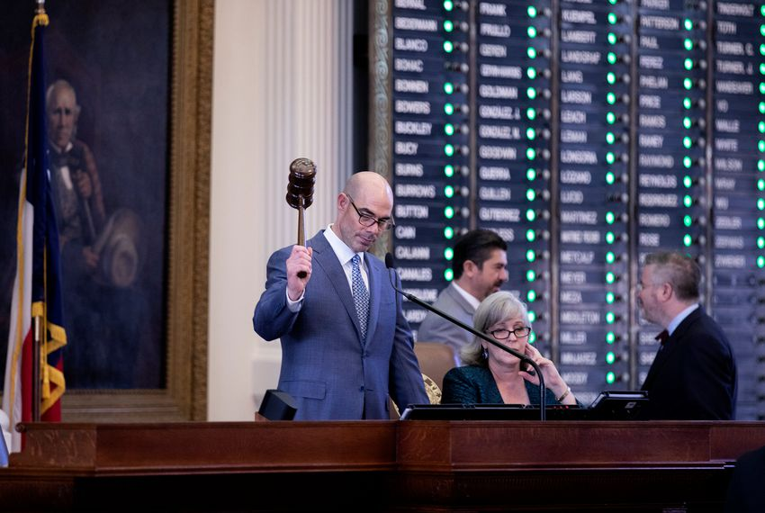 House Speaker Dennis Bonnen presiding over his first votes as speaker of the house. Jan. 9, 2019. Miguel Gutierrez Jr. / The Texas Tribune.