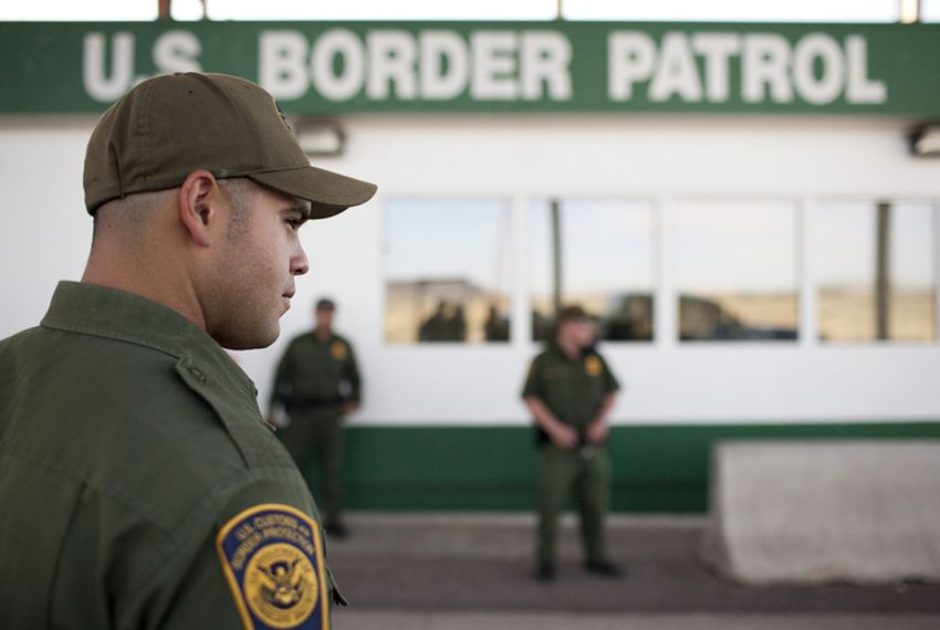 Border Patrol agents at an immigration checkpoint in West Texas.