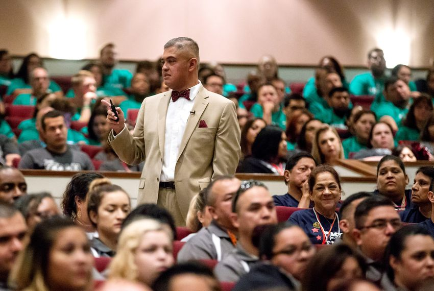 Superintendent Eduardo Hernandez, chosen by a state-appointed school board to run Edgewood ISD, wants parents to give his schools another look.