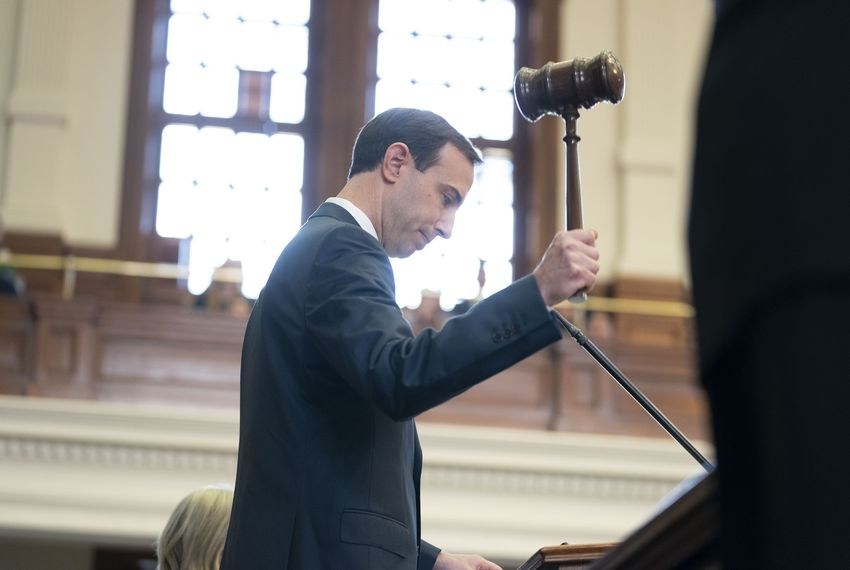 Texas Secretary of State David Whitley gavels in the 86th legislative session.