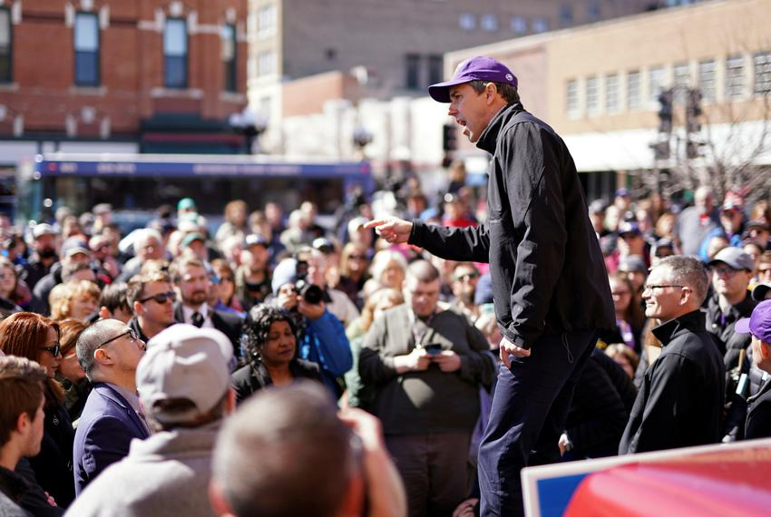 Democratic 2020 presidential candidate Beto O'Rourke speaks with supporters during a three-day road trip across Iowa, in Wat…