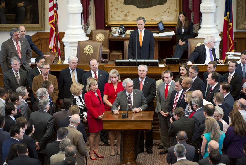 State Rep. Jimmie Don Aycock bids farewell to the Texas House in a speech on June 1, 2015.