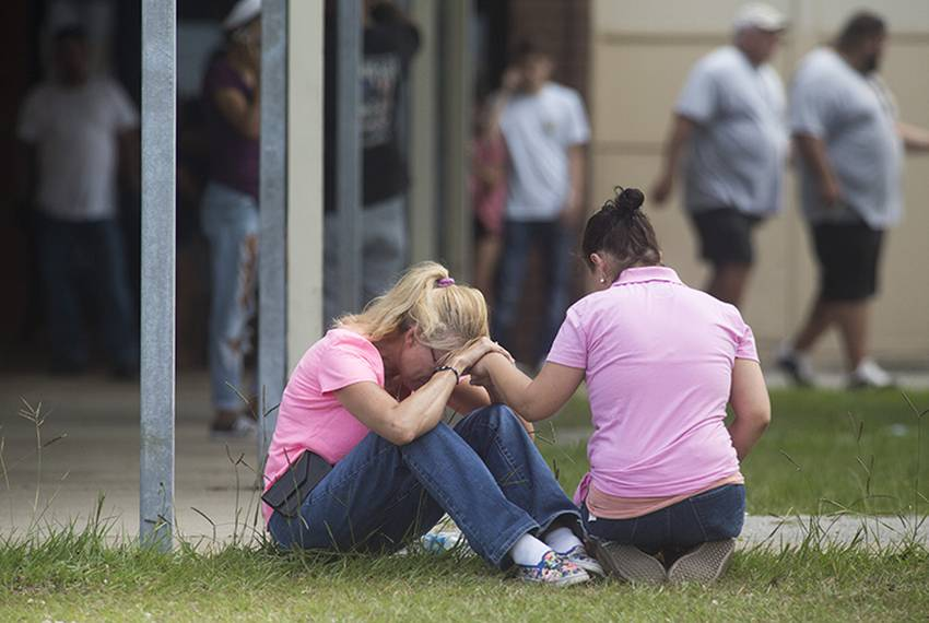 Students describe terror inside Santa Fe High School during deadly shooting