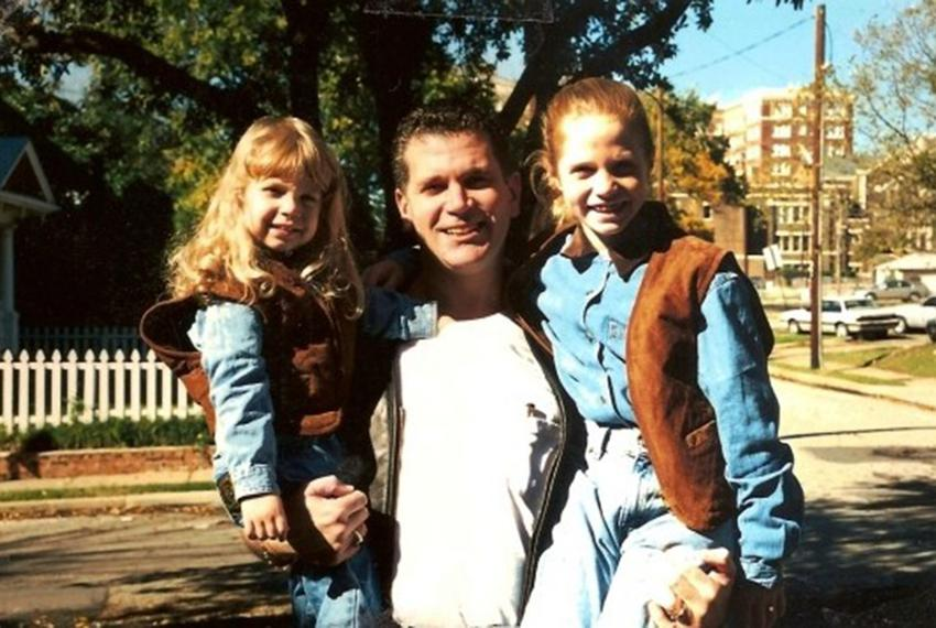 John Battaglia and his two daughters, Liberty (left) and Faith, who he murdered on May 1, 2001.