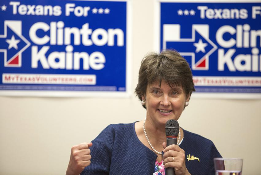 Anne Holton, wife of Vice Presidential candidate Tim Kaine and former Education Secretary of Virginia, speaks at a roundtabl…