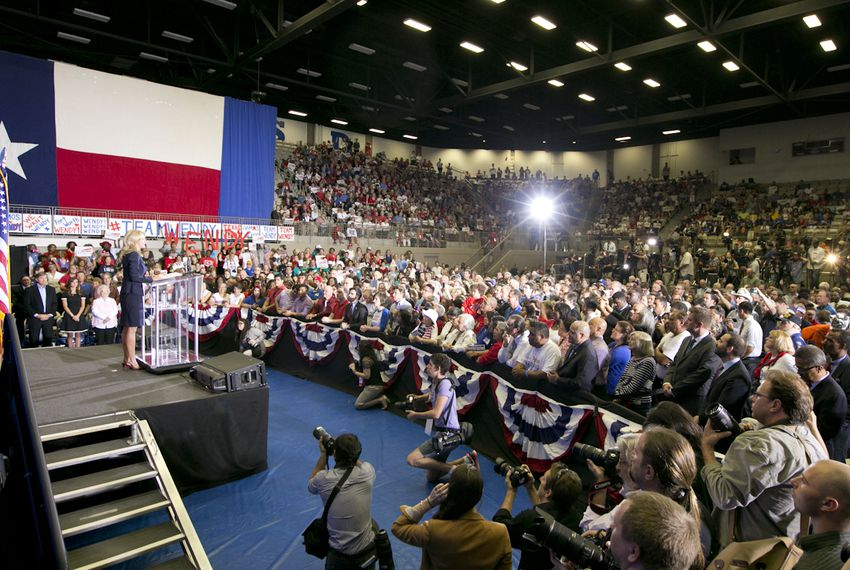 Crowd at the W.G Thomas Coliseum as Sen. Wendy Davis announces her candidacy for Texas Governor on October 3rd, 2013