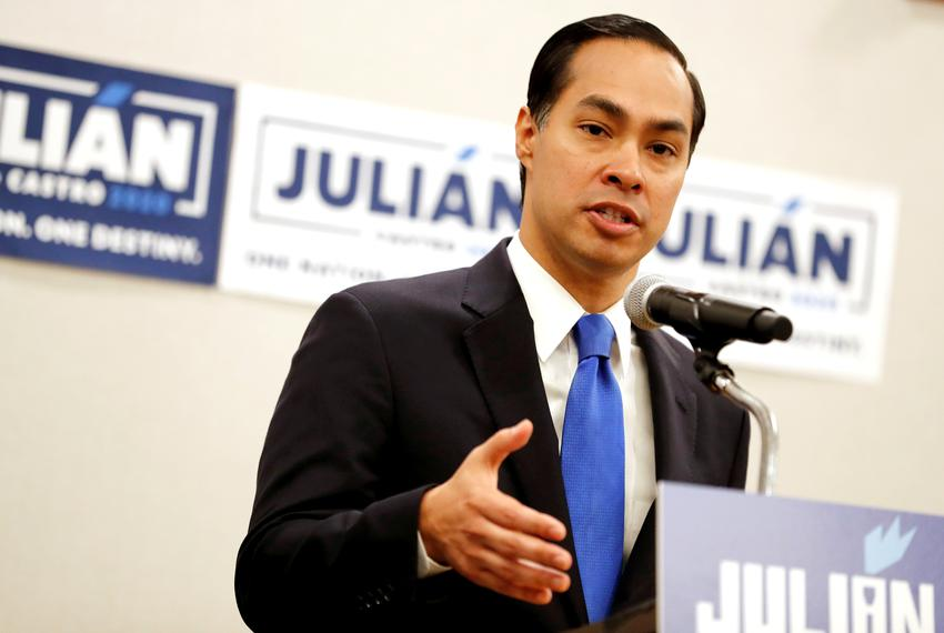 Former HUD Secretary and Democratic presidential candidate Julian Castro speaks to members of the media the morning after pa…