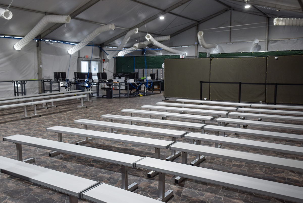 Along Texas border, Trump administration sets up tent courts for vi...