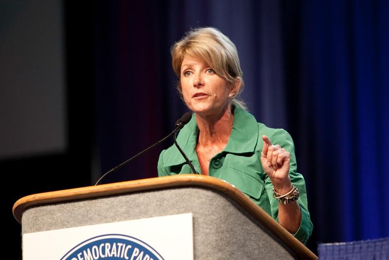 Texas Senator Wendy Davis, D-Fort Worth, speaking at the 2010 Democratic Convention in Corpus Christi, Jun. 26, 2010.