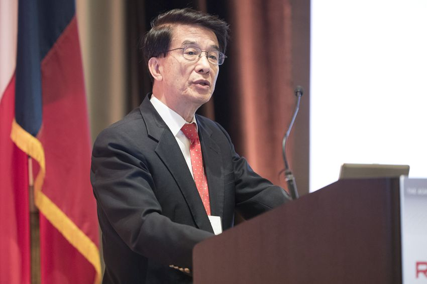 Physicist Paul Chu, head of the University of Houston's Center for Superconductivity, speaks at a research summit organized by the Academy of Medicine, Engineering and Science of Texas on Nov. 13, 2015.
