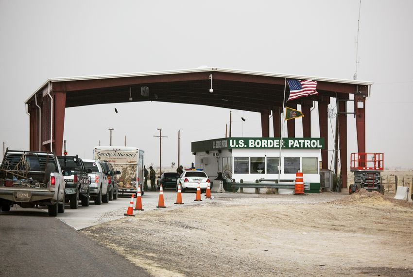 The Border Patrol inspection station on U.S. 67 between Presidio and Marfa.