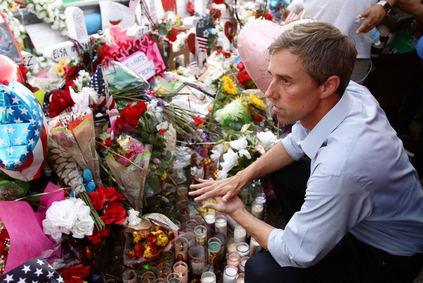 Presidential candidate and El Paso native Beto O'Rourke visits the shrine near the Walmart where a gunman killed 22 people.