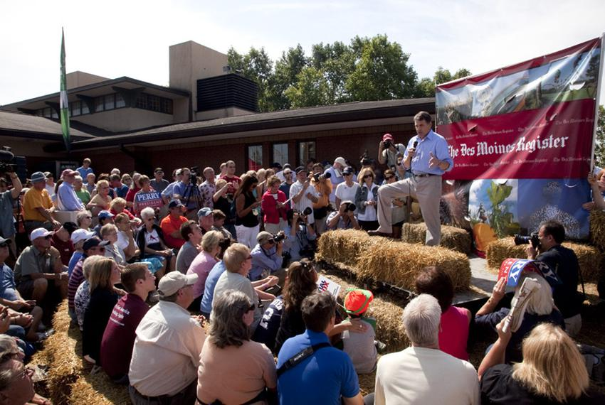 Governor of Texas Rick Perry speaks at the soapbox at the Iowa State Fair on August 15, 2011.