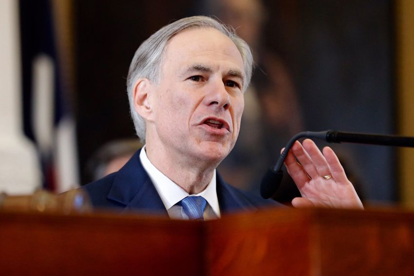 Gov. Greg Abbott speaks on the first day of the 85th Legislature on Jan. 10, 2017.