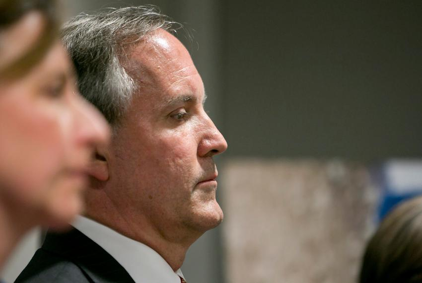 Attorney General Ken Paxton during a press conference in 2017.