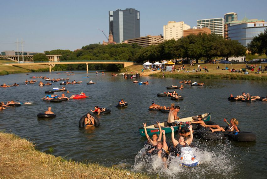 """Floaters splash and stay cool at """"Rockin' the River-Live on the Trinity"""", a free event sponsored by the Trinity River Vision."""