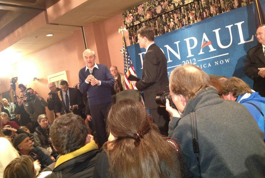Texas Congressman Ron Paul participates in a town hall meeting two days before the New Hampshire primary.