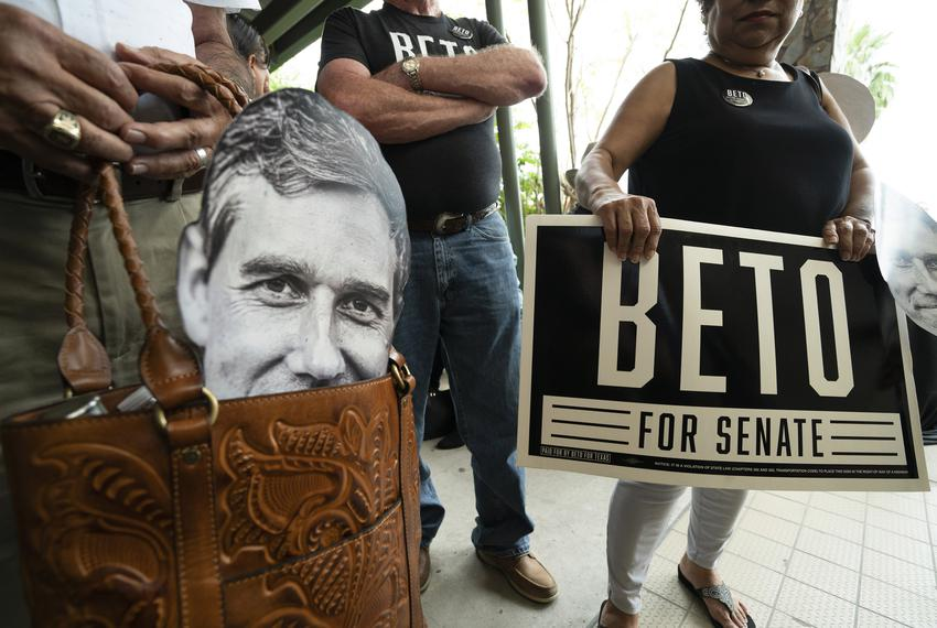 Supporters of Rep. Beto O'Rourke's campaign for U.S. Senate wait outside the Social Club in Edinburg on Sept. 23, 2018.