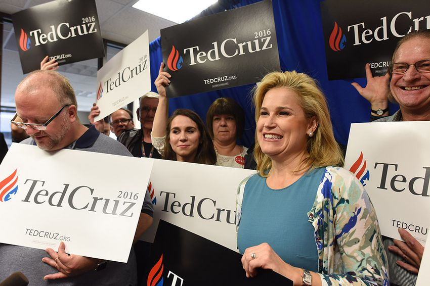 Heidi Cruz, wife of U.S. senator and presidential candidate Ted Cruz, with supporters at Republican Party of Texas headquarters on Dec. 3, 2015.