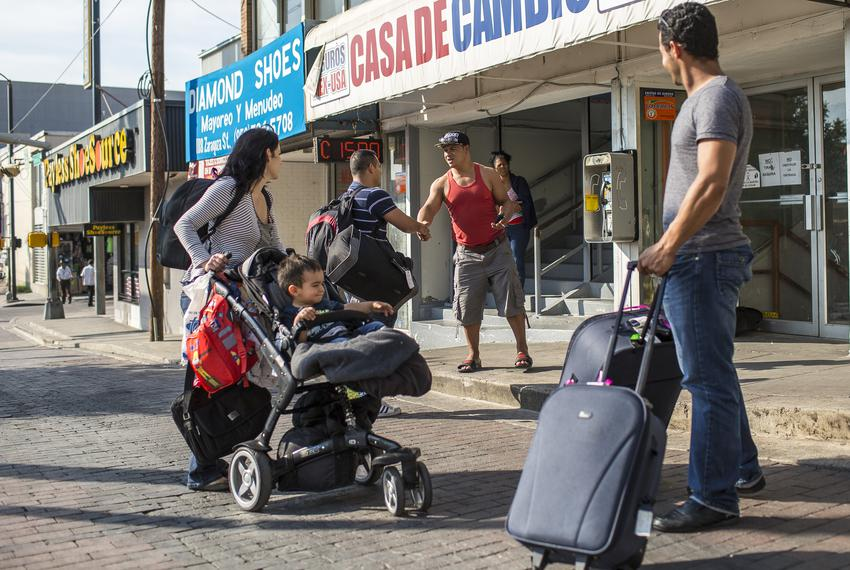 A civil war of sorts has spilled into Laredo as rival groups of Cubans hang out in the border city's downtown awaiting new a…
