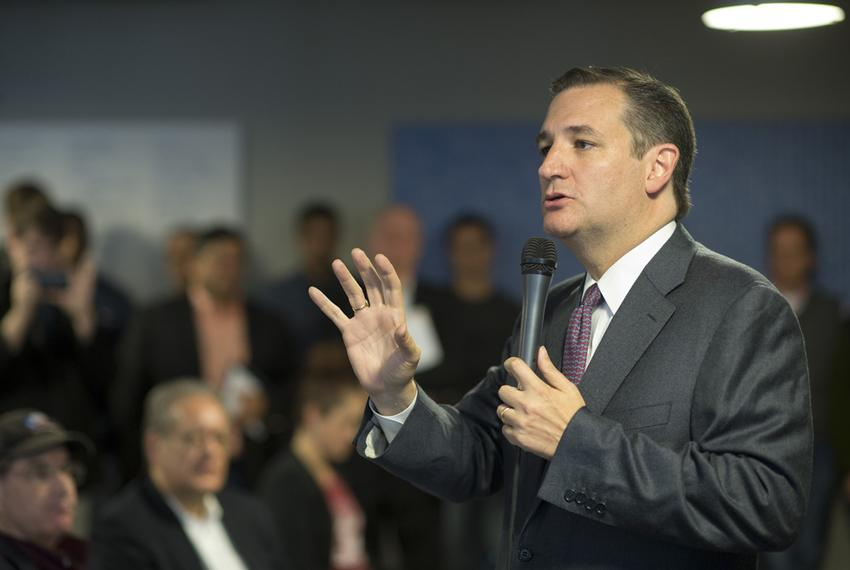 Speaking to Austin's entrepreneur community, U.S. Sen. Ted Cruz blasts Washington's attempt to regulate the Internet on No...