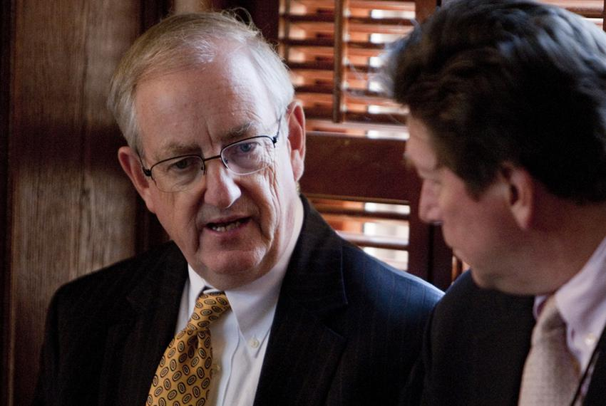State Rep. John Smithee (l), R-Amarillo, with a reporter off the House floor in 2011.