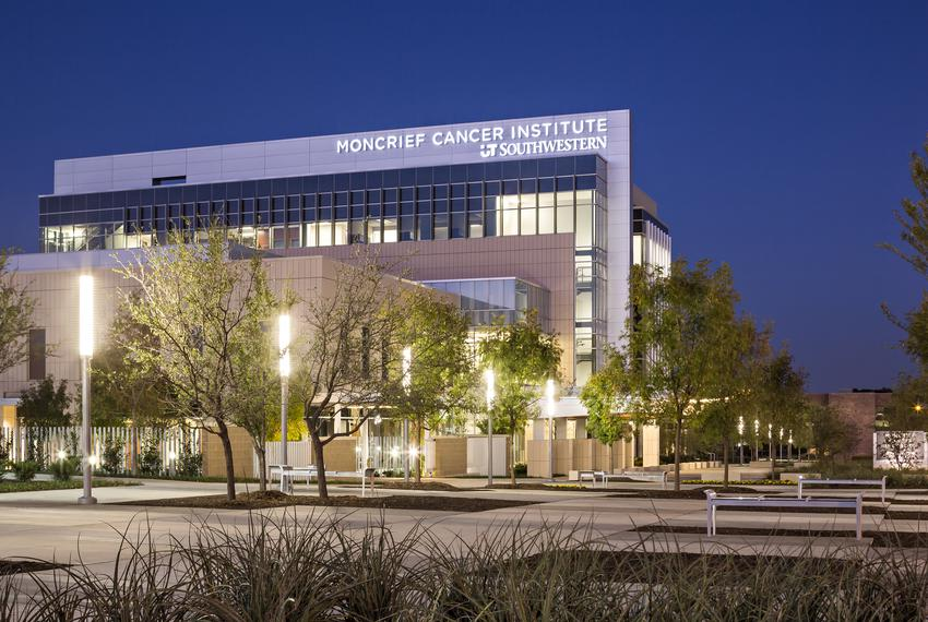 Exterior view of Simmons Cancer Center, Moncrief Cancer Institute in Fort Worth, Texas